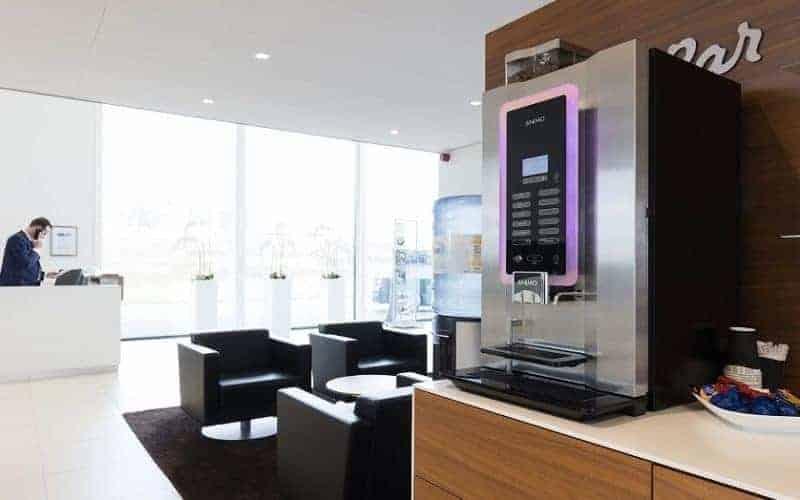 Animo koffieautomaat bij BMW dealer De Beier in Heerenveen.